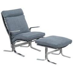 A Giovanni Offredi Onda Style Chair and Ottoman 1970s