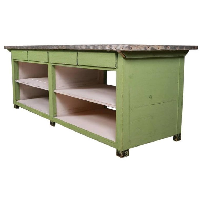 French Island Unit / Counter