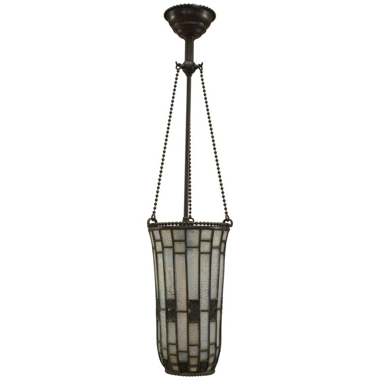 """American Mission """"Tiffany Style"""" Tapered Cone Shaped Lantern"""