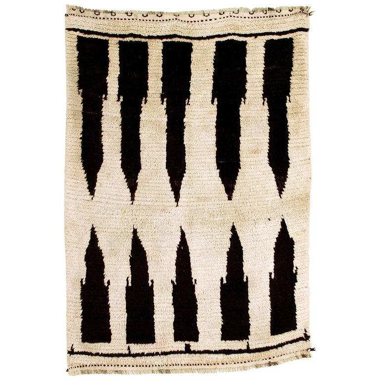 Moroccan Berber Wool Azilal Rug, circa 1980