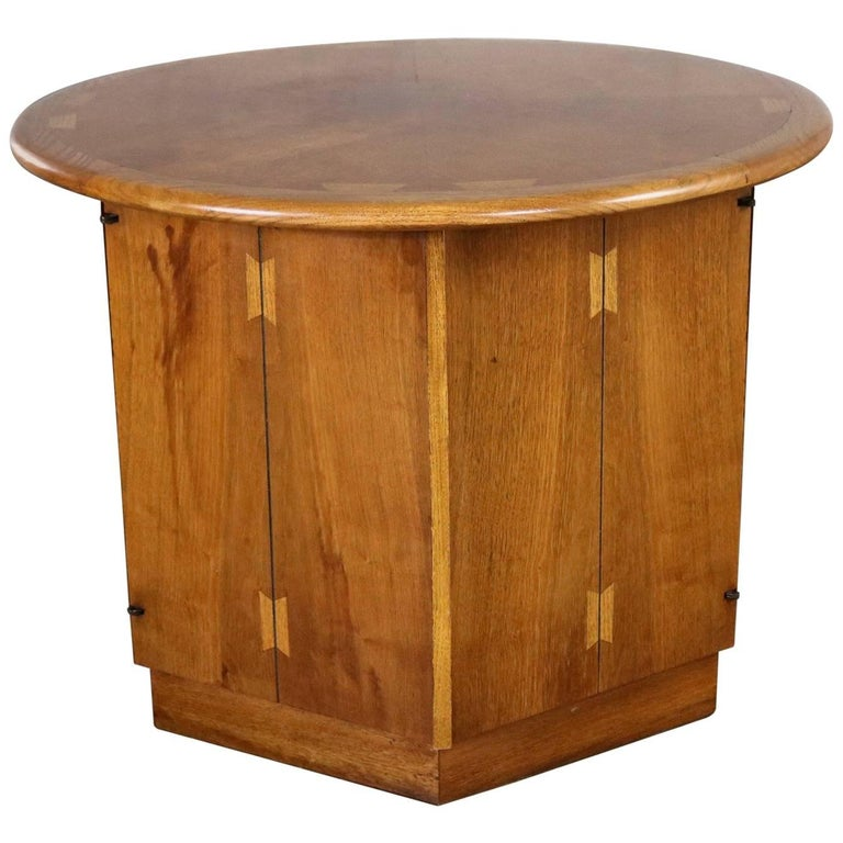 Lane Acclaim Dovetail End Table Round Top and Hexagon Cabinet Base by Andre Bus