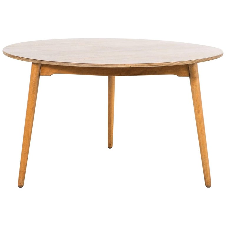 Hans Wegner for Fritz Hansen Mid-Century Modern Dining Table