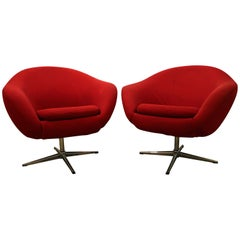 Pair of Mid-Century Modern Overman Chrome Swivel Pod Chairs