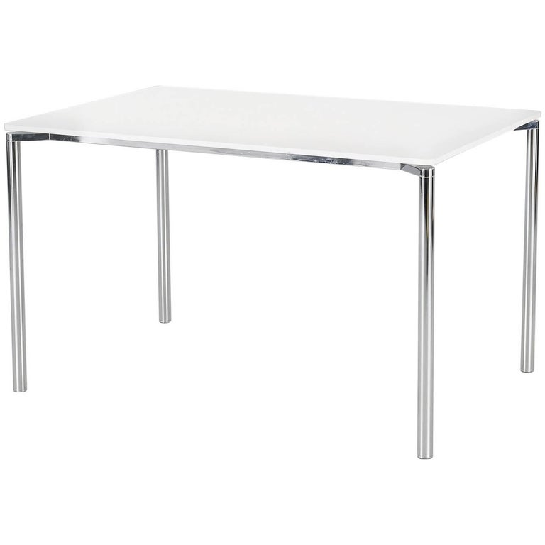 Fritz Hansen Plano Table