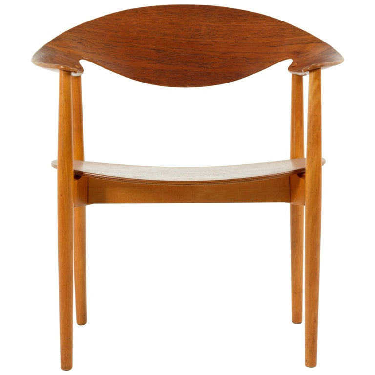 Metropolitan Chair by Ejner Larsen & Aksel Bender Madsen