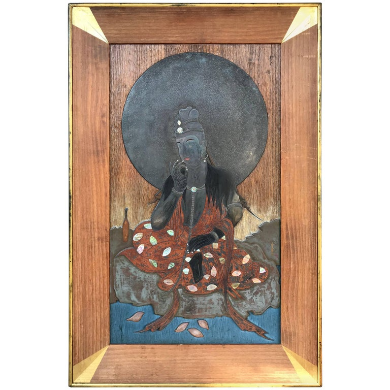 Japanese Unique and Elegant Kannon, Gifted by Emperor of Japan