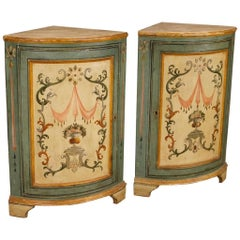 Pair of Italian Corner Cupboards in Painted Wood in Louis XVI Style 20th Century