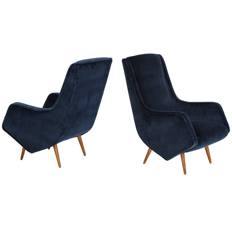 Pair of 1950s Italian Lounge Chairs by ISA Bergamo in Cobalt Blue Velvet For Sale