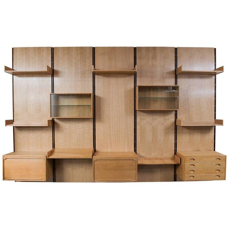 Large Gianfranco Frattini Oak Free Standing Wall Unit Bookcase for Bernini
