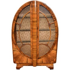 English 1930s Art Deco Vitrine Display Cabinet in Walnut