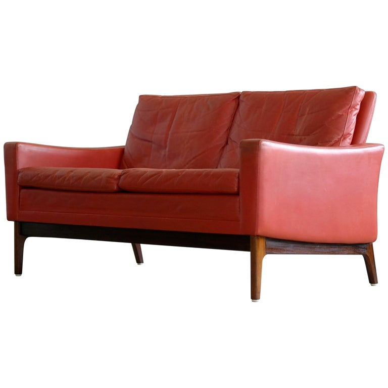 Clic Danish Mid Century Modern Sofa In Red Leather And Rosewood