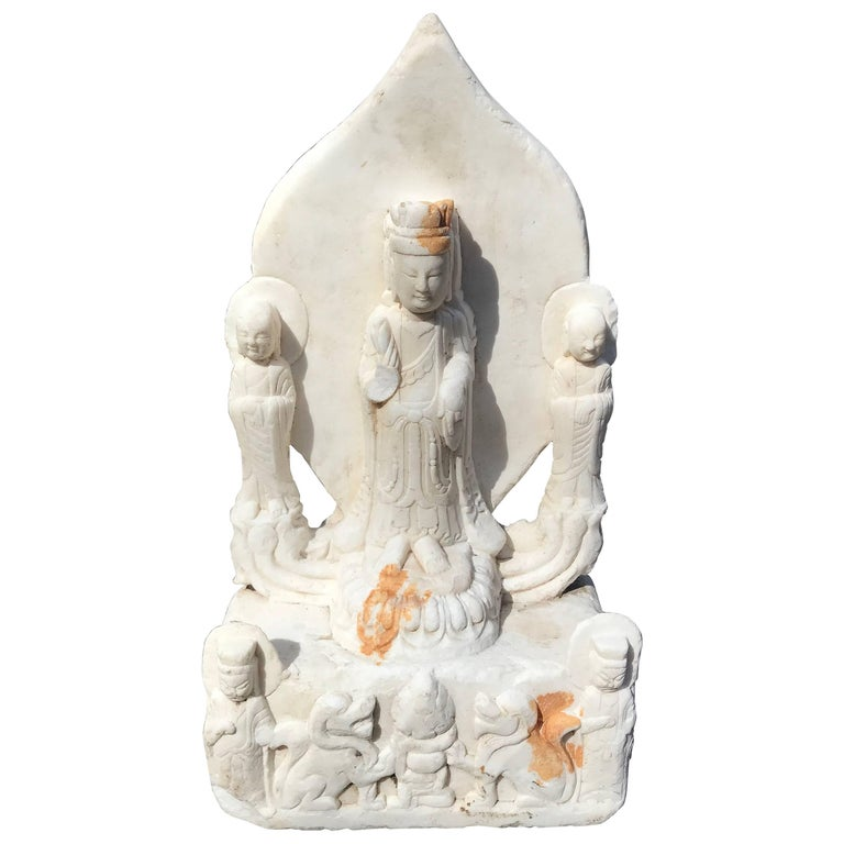 Old Chinese Hand Carved Marble Guan Yin  Buddha with Lovely Face For Sale