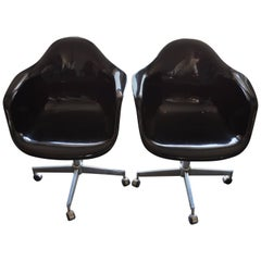 Pair of Midcentury Black Fiberglass Shell Swivel Chairs on Steel Wheels Casters