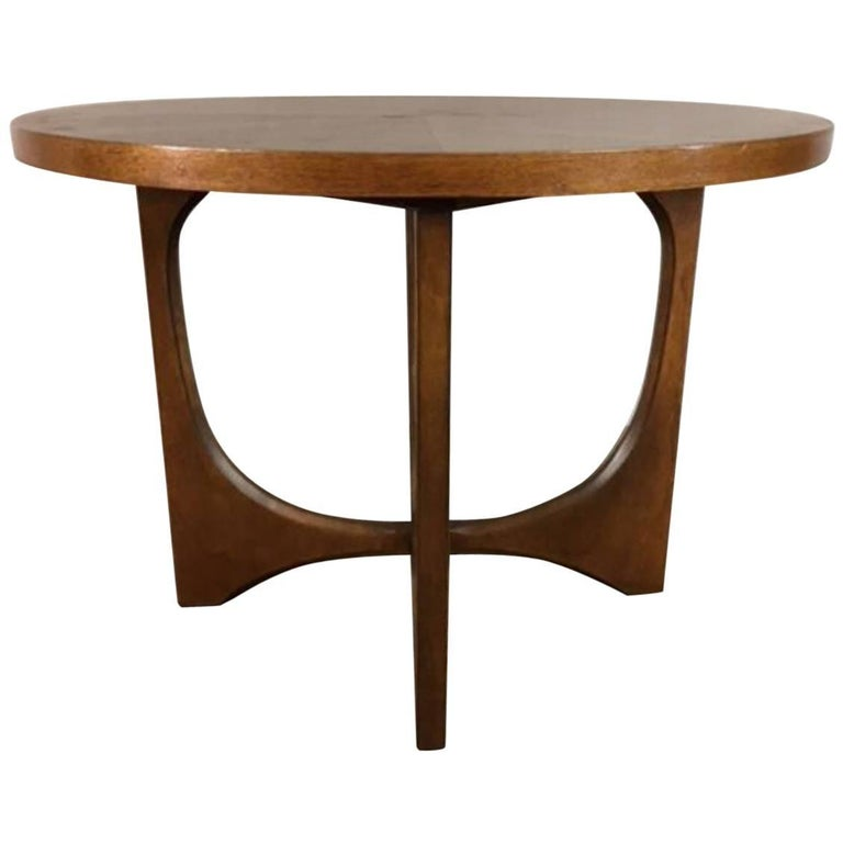 Brasilia Side or End Table by Broyhill
