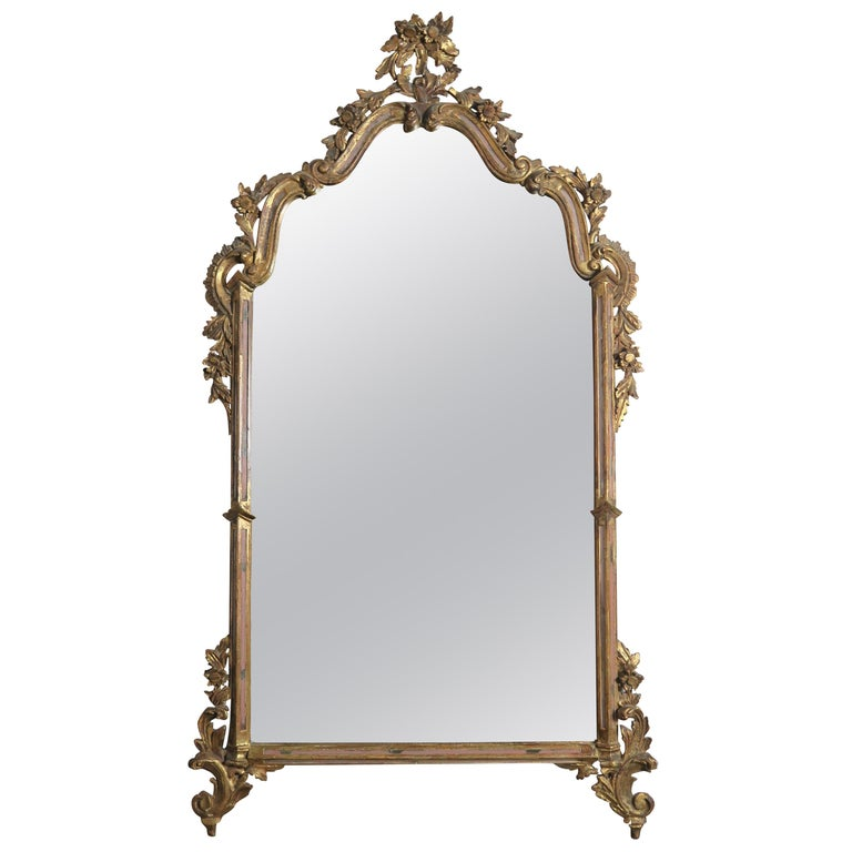 Italian Carved Rococo Style Giltwood Mirror