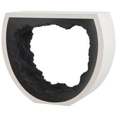 Baby Radius Console, White Cement and Black Silica by Fernando Mastrangelo