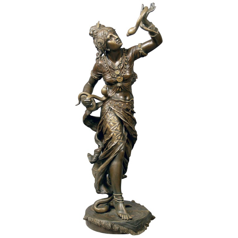 Fantastic Quality Late 19th Century Bronze Sculpture of Cleopatra by Henri Plé For Sale
