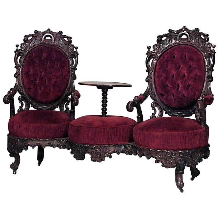 American Victorian Rosewood Carved Double Swivel Seat Tête-à-Tête with Table