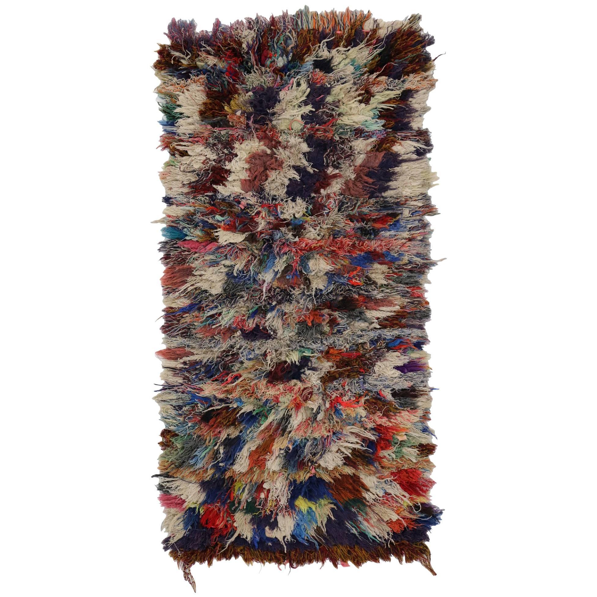 Vintage Berber Moroccan Boucherouite Rug, Moroccan Shag Accent Rug