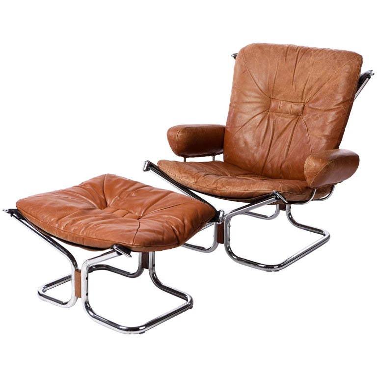"""Harald Relling """"Wing"""" Chair and Ottoman for Westnofa"""