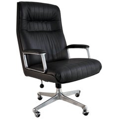 Executive Desk Chair P128 by Osvaldo Borsani for Tecno