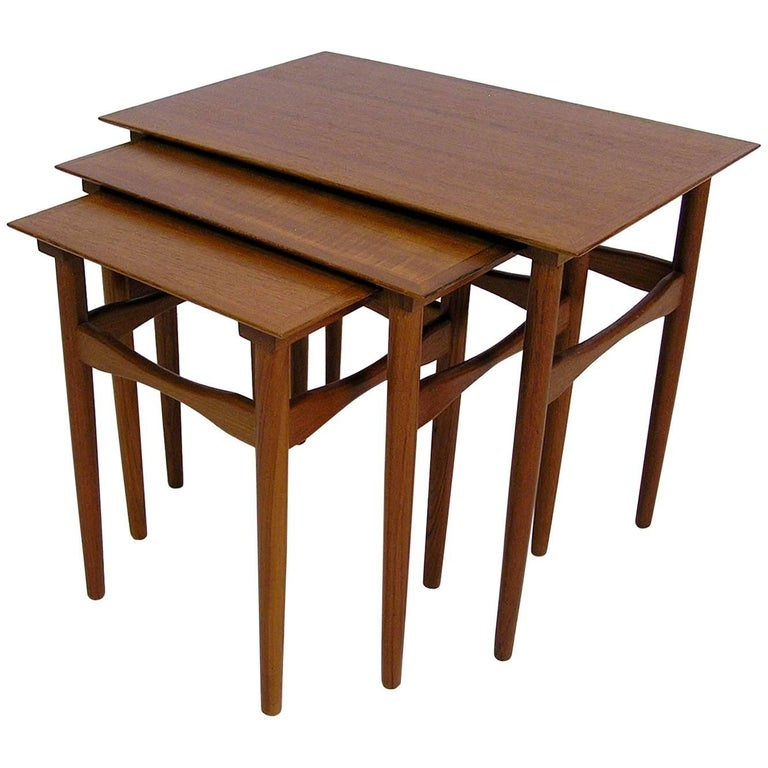 1960s Danish Modern Teak Nesting Tables by Poul Hundevad, Set of Three