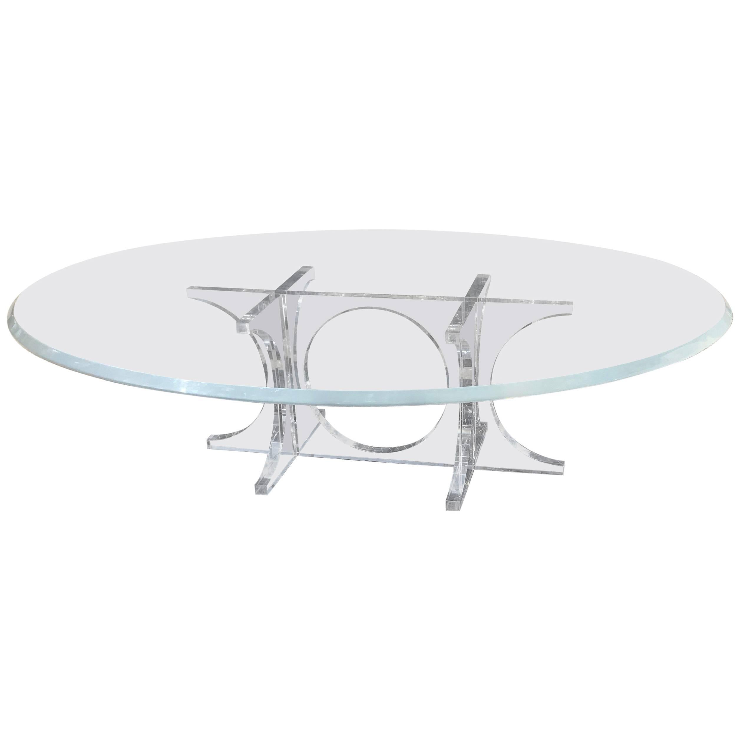 Monumental Mid Century Modern Oval Lucite Cocktail Table Or Coffee Table  For Sale