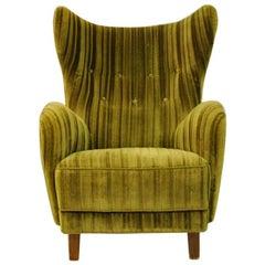 Green Velvet Wingback Easy Chair, 1930s-1940s, Denmark