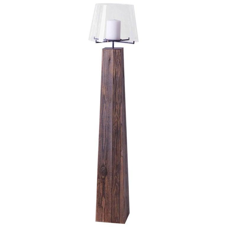 Contemporary Wood Pilar Candleholder
