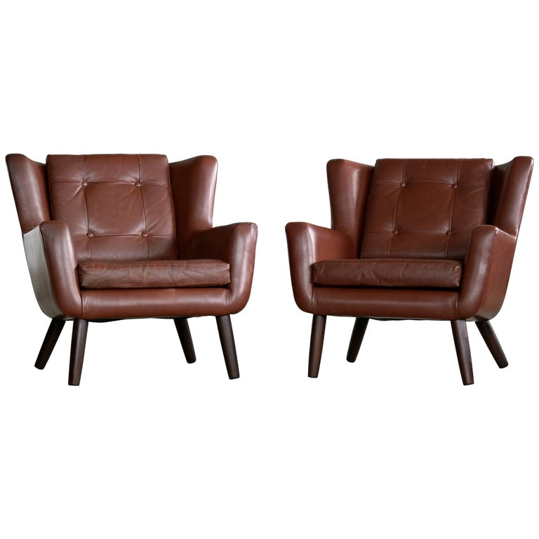 Pair of Danish Mid-Century Easy Chairs in Leather and Teak by Skjold Sørensen