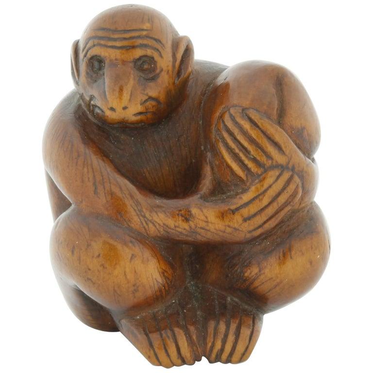 Netsuke Wood Accessory Fashion, 19th Century, Antique Woodcraft Monkey
