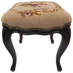 French Wooden Square Foot Stool with Floral Embroidery and Cream, Early 1900s