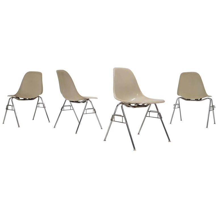 Original Parchment Charles & Ray Eames Fibreglass DSS Chairs for Herman Miller