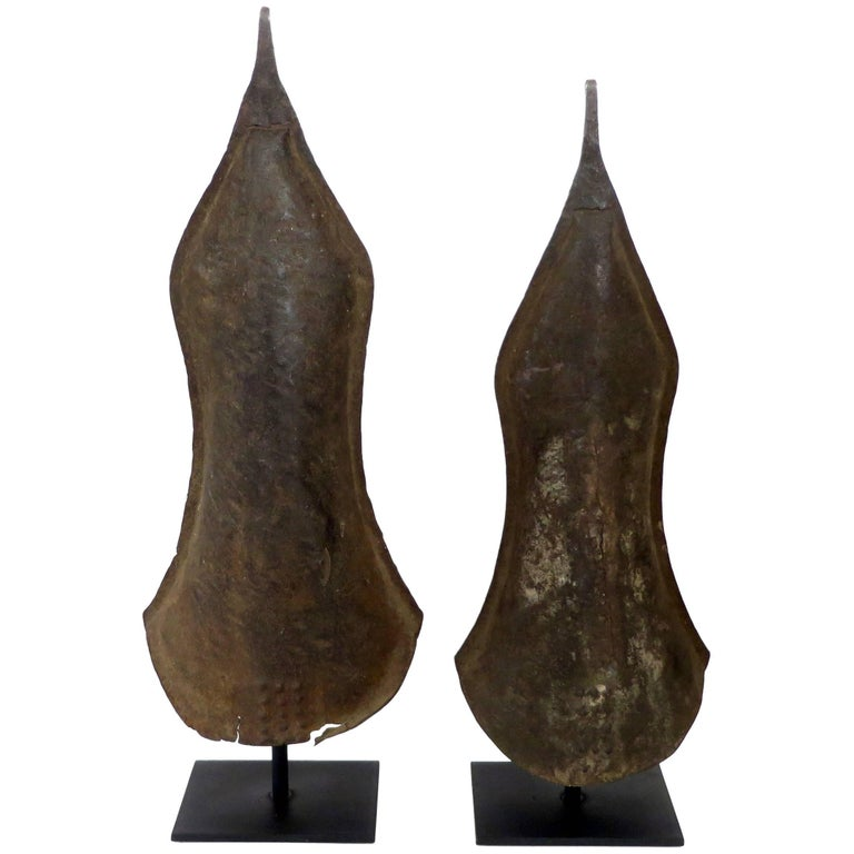 Currency Gongs Sculptures from Congo, Nkutshu Culture, 19th Century For Sale