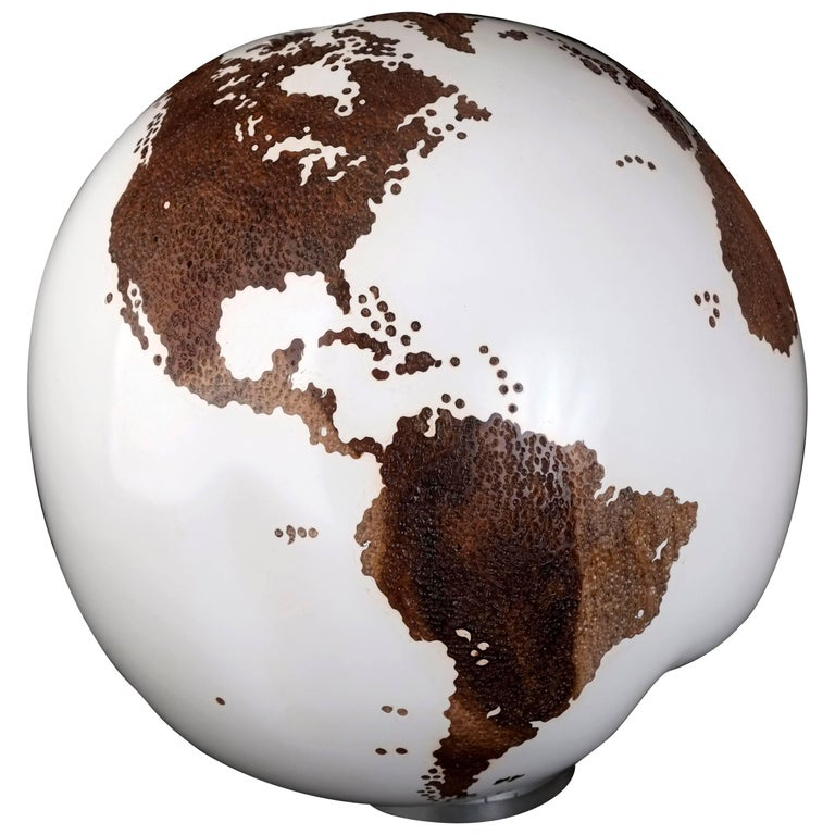 Teak Root Globe with Acrylic White Resin and Hammered Skin Finishing 25cm