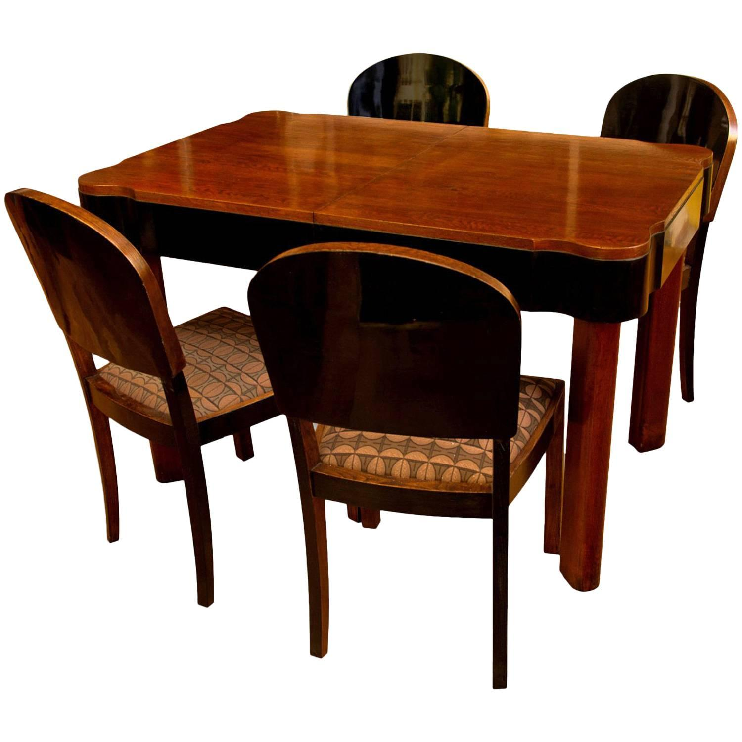 Charmant German Art Deco Dining Set In Oak, 1930s For Sale