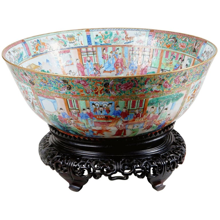 Important Chinese Export Canton Porcelain Punch Bowl