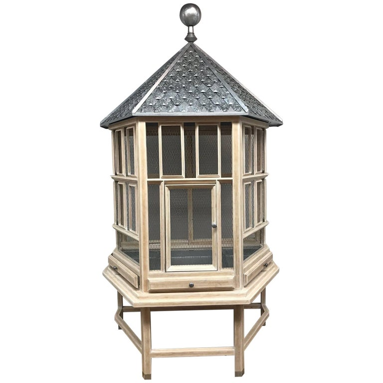 English Style Metal and Wood Bird Cage