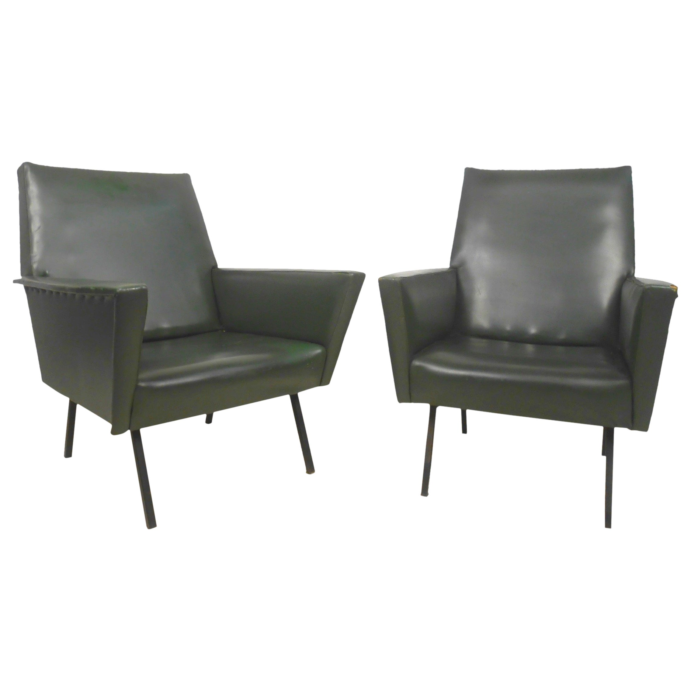 Pair of Vintage Modern Winged Arm Lounge Chairs