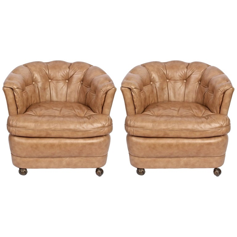 Pair of Classic Leather Tufted Taupe Barrel Club Chairs on Casters, 1970s