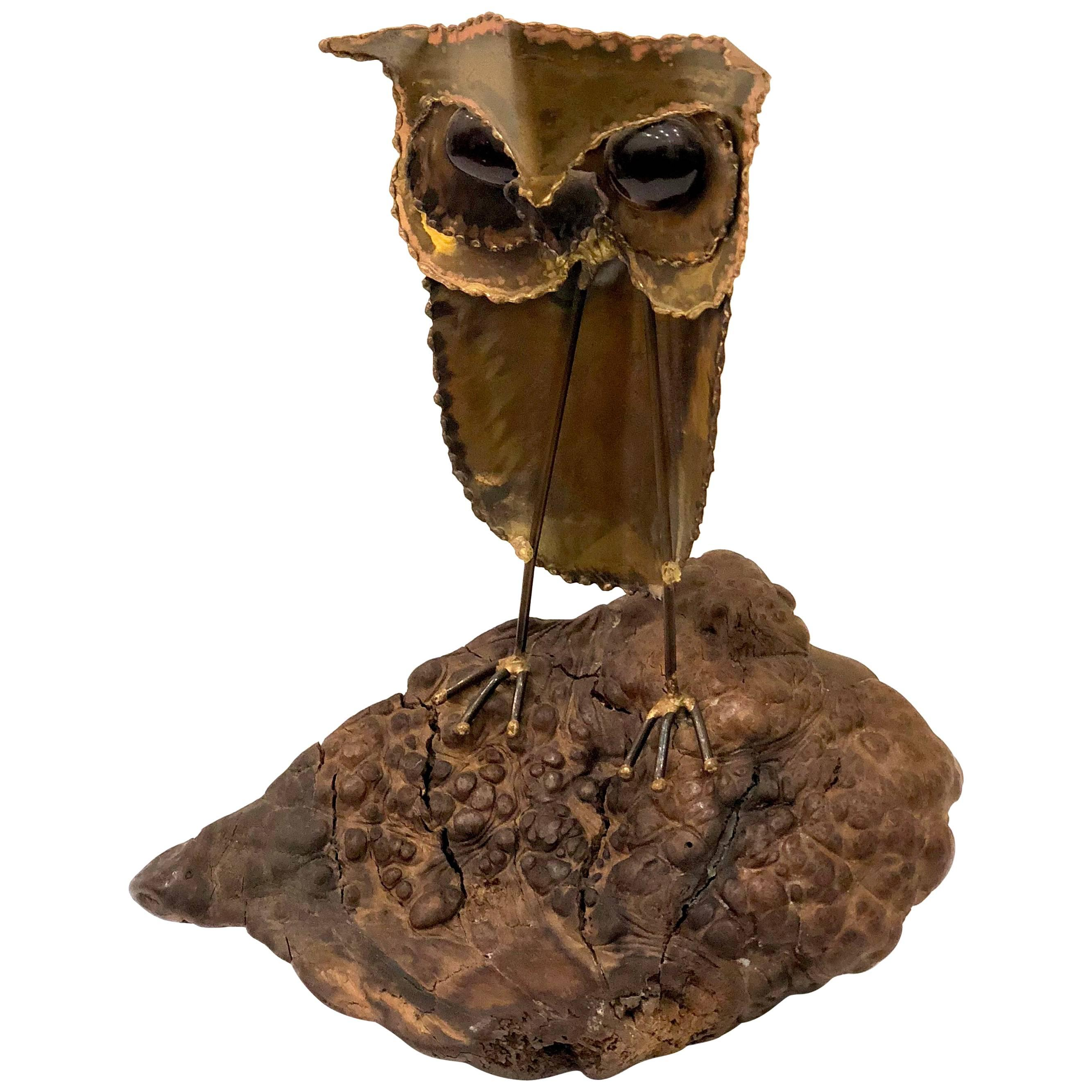 Whimsical 1970s Brutalist Metal Owl Sculpture in the Style of Curtis Jere