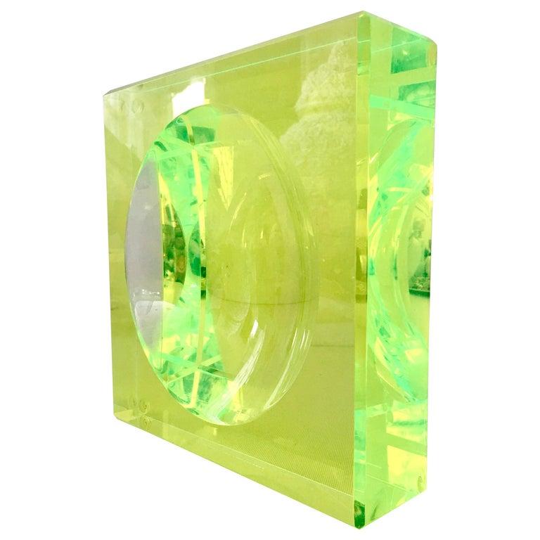 Modern Lucite Optic Square & Round Green Bowl By, Alexendra Von Furstenberg For Sale