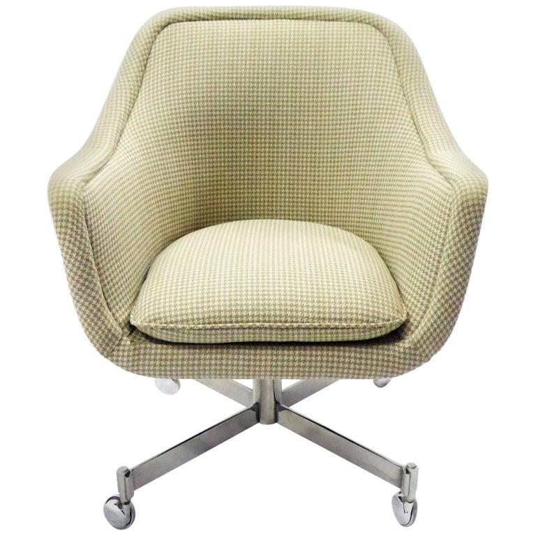 Ward Bennett Bumper Office Chair in Houndstooth Brickel Associates For Sale