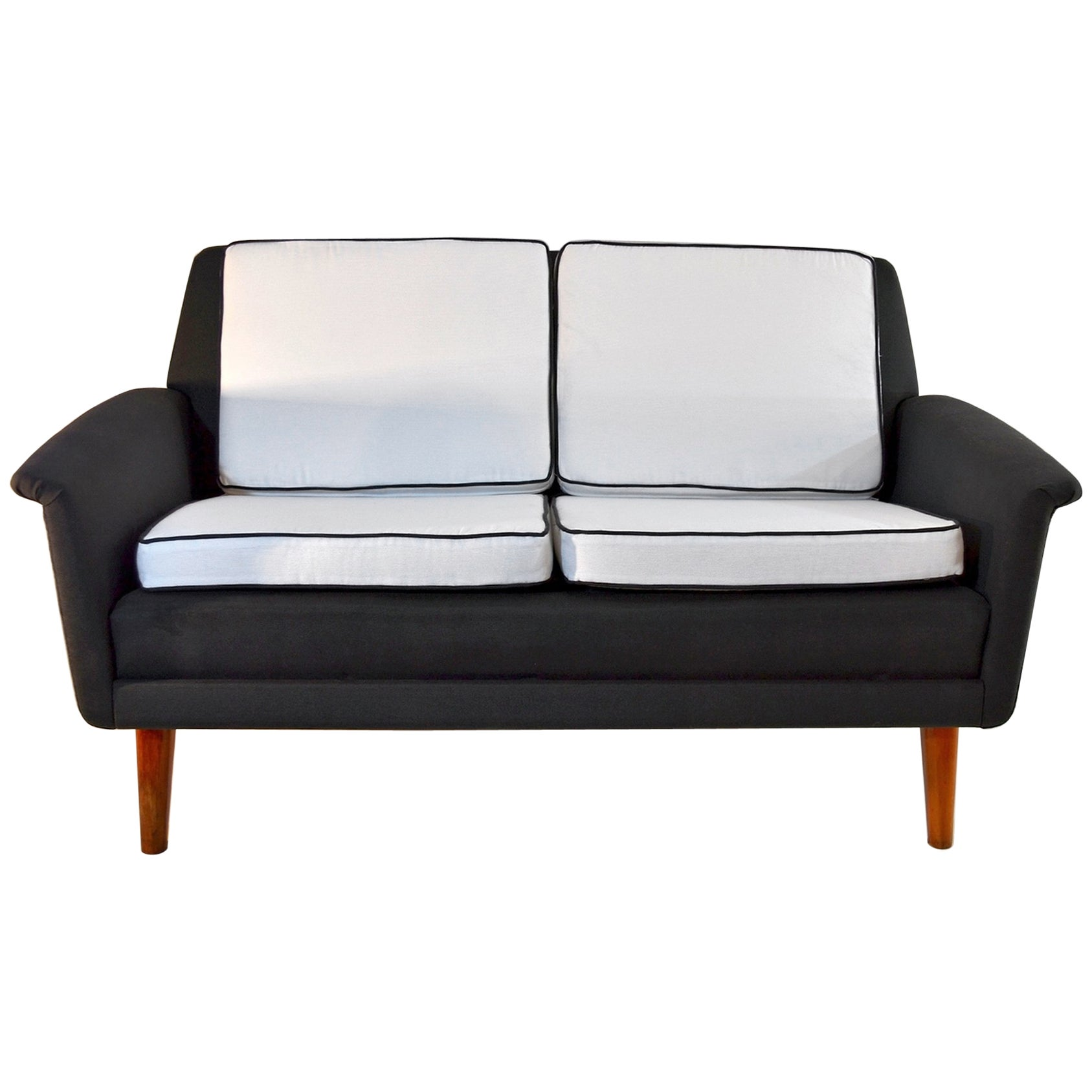 Exceptionnel Two Seat DUX Sofa By Folke Ohlsson, 1960s