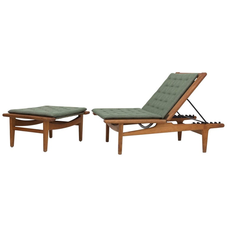 Daybed in Oak by Hans J. Wegner
