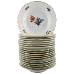 Royal Copenhagen Light Saxon Flower, 19 Deep Plates