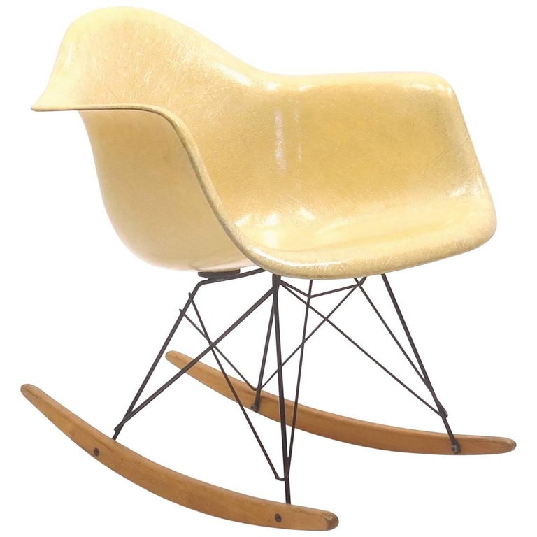 Early Production RAR Rocker by Charles & Ray Eames for Herman Miller, 1950s