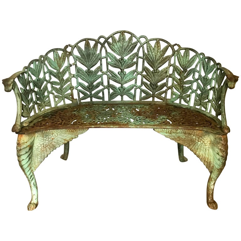 Antique English Late 19th Century Green Cast Iron Laurel Leaves Garden Bench