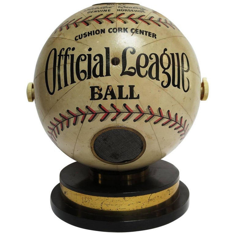 1941 Trophy Baseball Radio, Working Condition For Sale