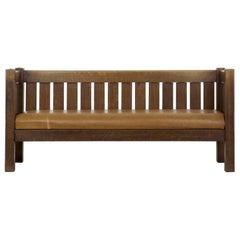 Arts & Crafts Mission Oak and Leather Hall Settle Sofa Settee, circa 1910
